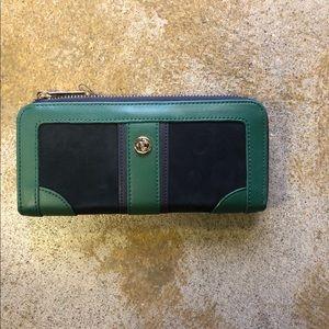 Spartina 449 Wallet Navy Hunter Green Zip Around